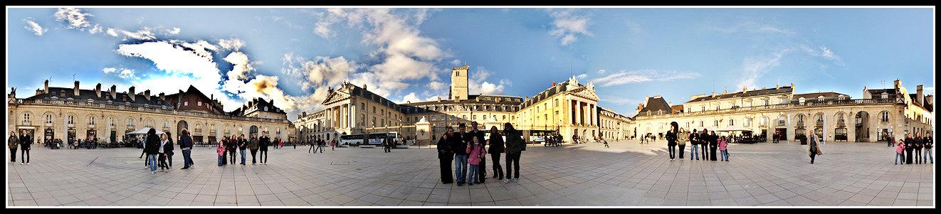 Sortie à Dijon - 27 mars - Les Photos - Page 3 Place-groupe1300